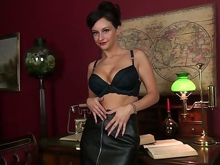 Amazing busty black head Cassie Clarke plays with the brush bald wet pussy