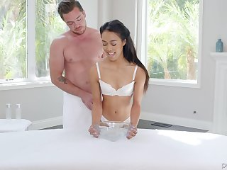 Skinny chick Aria Skye gets her cunt drilled waiting for she reaches an orgasm