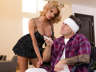 Joslyn James & Keiran Lee in XXXtra Magnanimous Be responsible for - BRAZZERS