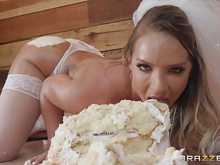 Hardcore food fetish ass fuck with bride Cali Carrier