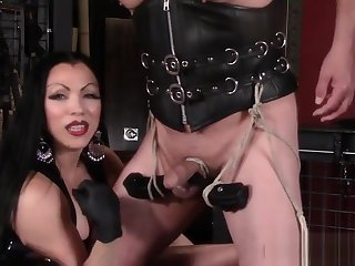 Mistress Cheyenne Smoking CBT