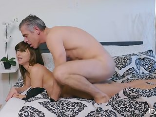Young Riley Reid fucked from ignore by an older guy