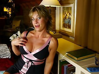 Mature blue eyed blonde MILF Skyler C. fingers their way mature shaved pussy