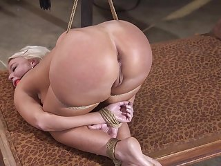 Stunning milf fucked in a perfect bondage tryout