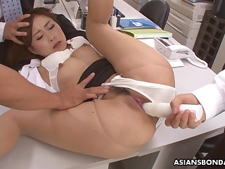 Hot office lady, Yuno Shirasuna got DPed while ripening