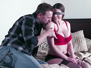 Brooklyn Hunt is horny enough to have a go a great sex after chit chat