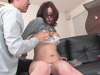 After fingering and a blowjob Japanese lady wants down cum with a guy