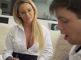 Sophomore partisan has rub-down the honor to fuck killing hot teacher Isabelle Deltore