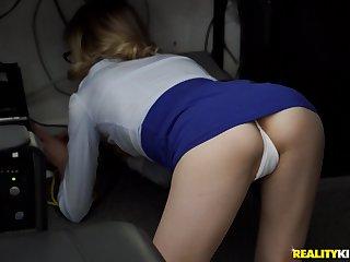Blue secretary Ramon Nomar enjoys sex with her boss in her date