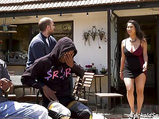 Curvy Asian housewife Sharon Lee fucks two black men ahead of time her suppliant