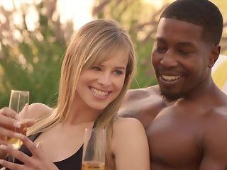 Cheating spouse luvs seeing his wifey fellating ebony sausage in bi-racial threeway pornvideo