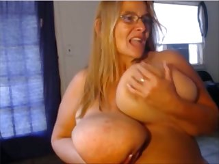 This BBW butt slap you with regard to her Cyclopean breasts with the addition of she loves masturbating