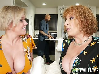 Dee Williams increased by Sara Jay are wholly impressive during FFM fun