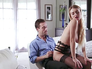 Teen with incredible forms, serious riding skills on cam